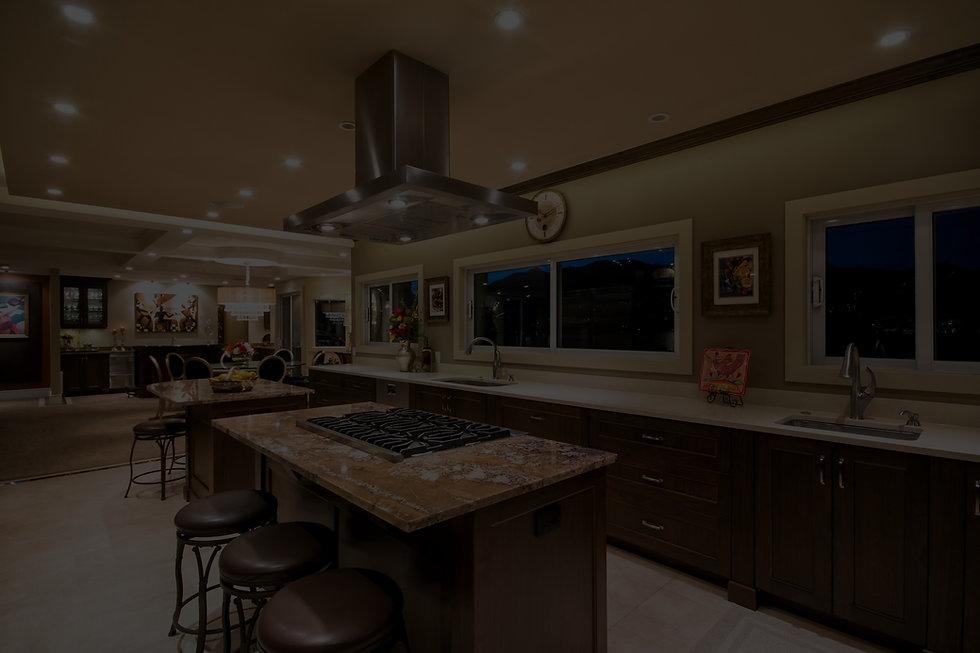 24-kitchen-west-1_edited.jpg