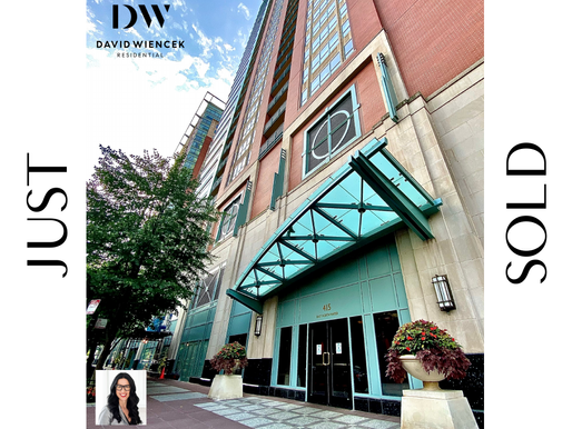 Luxury Condo SOLD in Streeterville Chicago