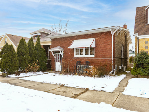 Just Listed | Brick Single Family Home in Jefferson Park Chicago Open House Sunday 3/7/21 Noon-2PM
