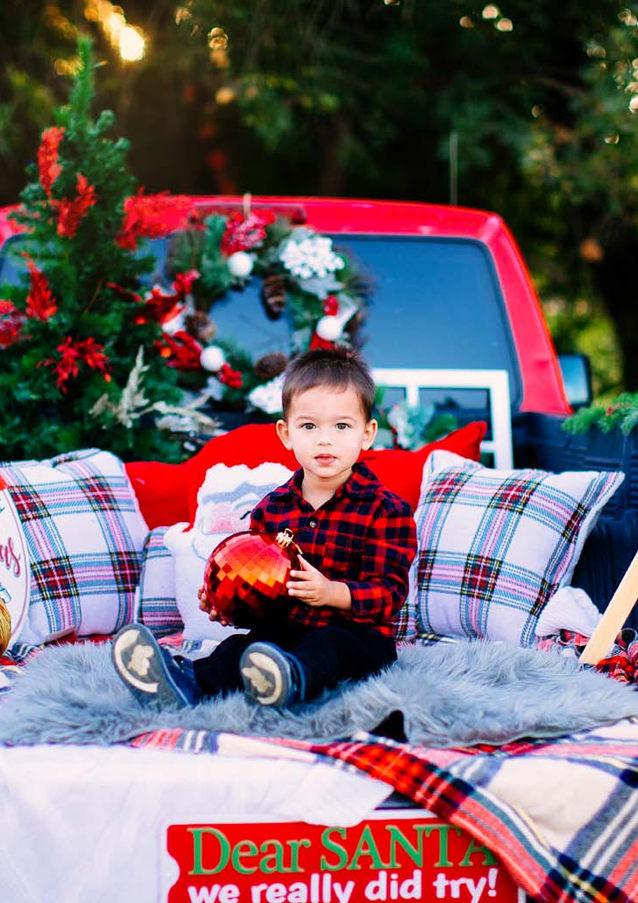 Vintage Truck Christmas Mini Sessions