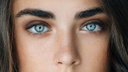 9-astuces-pour-des-sourcils-parfaits.jpe