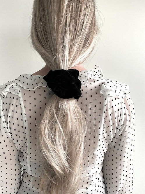 Black Velvet Scrunchie by Maide
