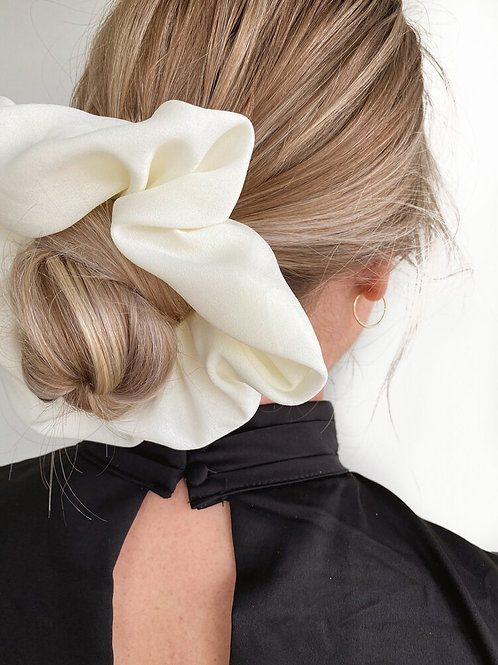 Cloud Scrunchie by Maide