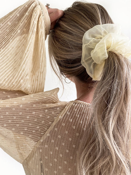 Sheer Ivory Organza Scrunchie by Maide