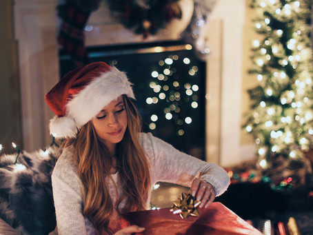 6 Easy Ways to Maintain Your Hair over the Christmas Season