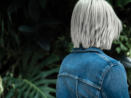 How to Embrace Grey Hair