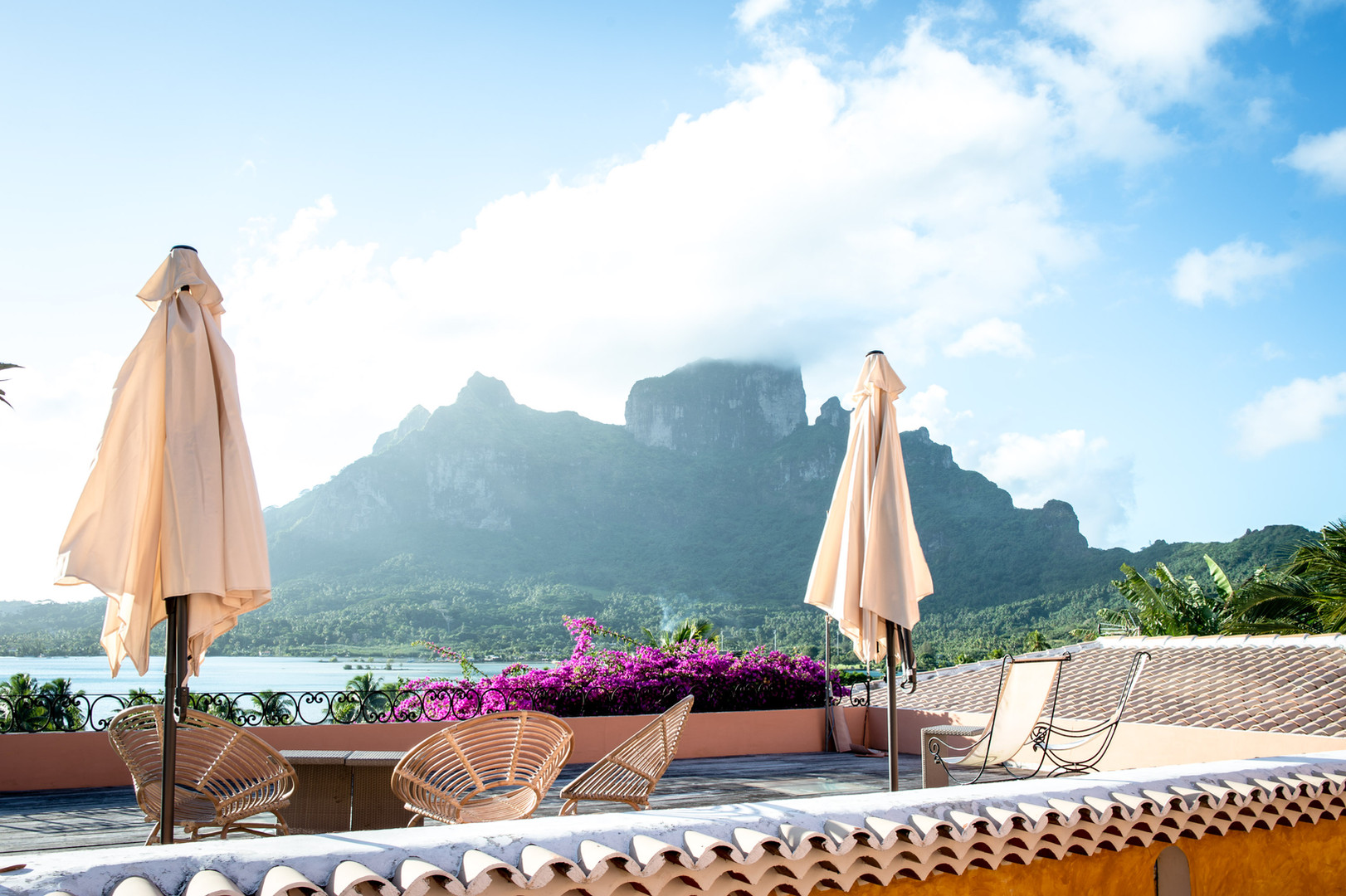 A beautiful terrace for breathtaking views - relax or enjoy a fresh drink on the terrace