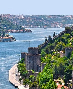 bosphorus-cruise-istanbul-4_edited.jpg