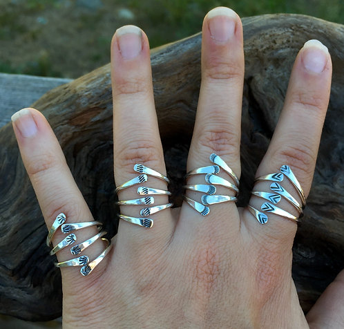 Stamped 3 Prong Claw Ring