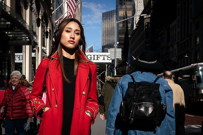 Paul Kessel Street Photography Fifth Avenue Red