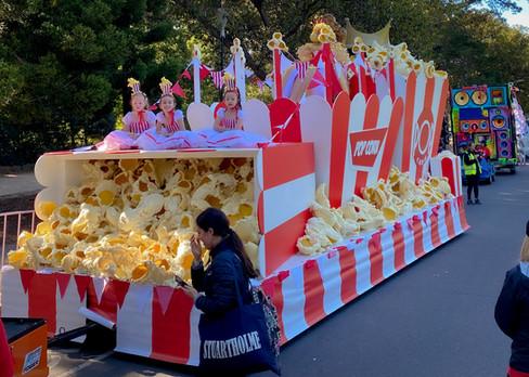 Moomba - Popcorn Float