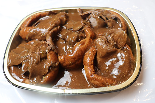 Fresh Yorkshire Pudding with Roast Beef & Gravy
