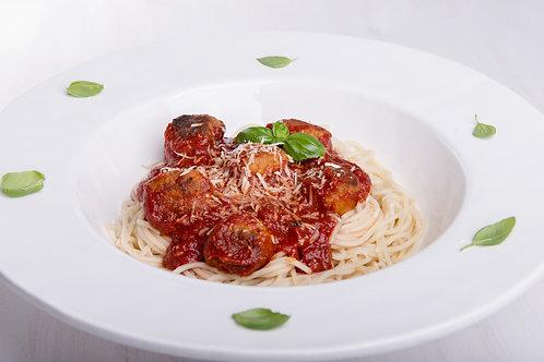 Fresh Pasta with Meatballs