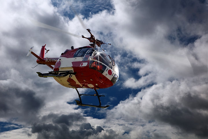 rescue-helicopter-1480314_1920.jpg