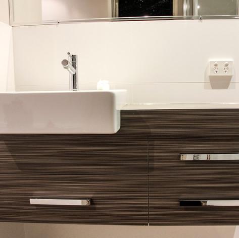cooleys cabinets perth_perth bathroom re