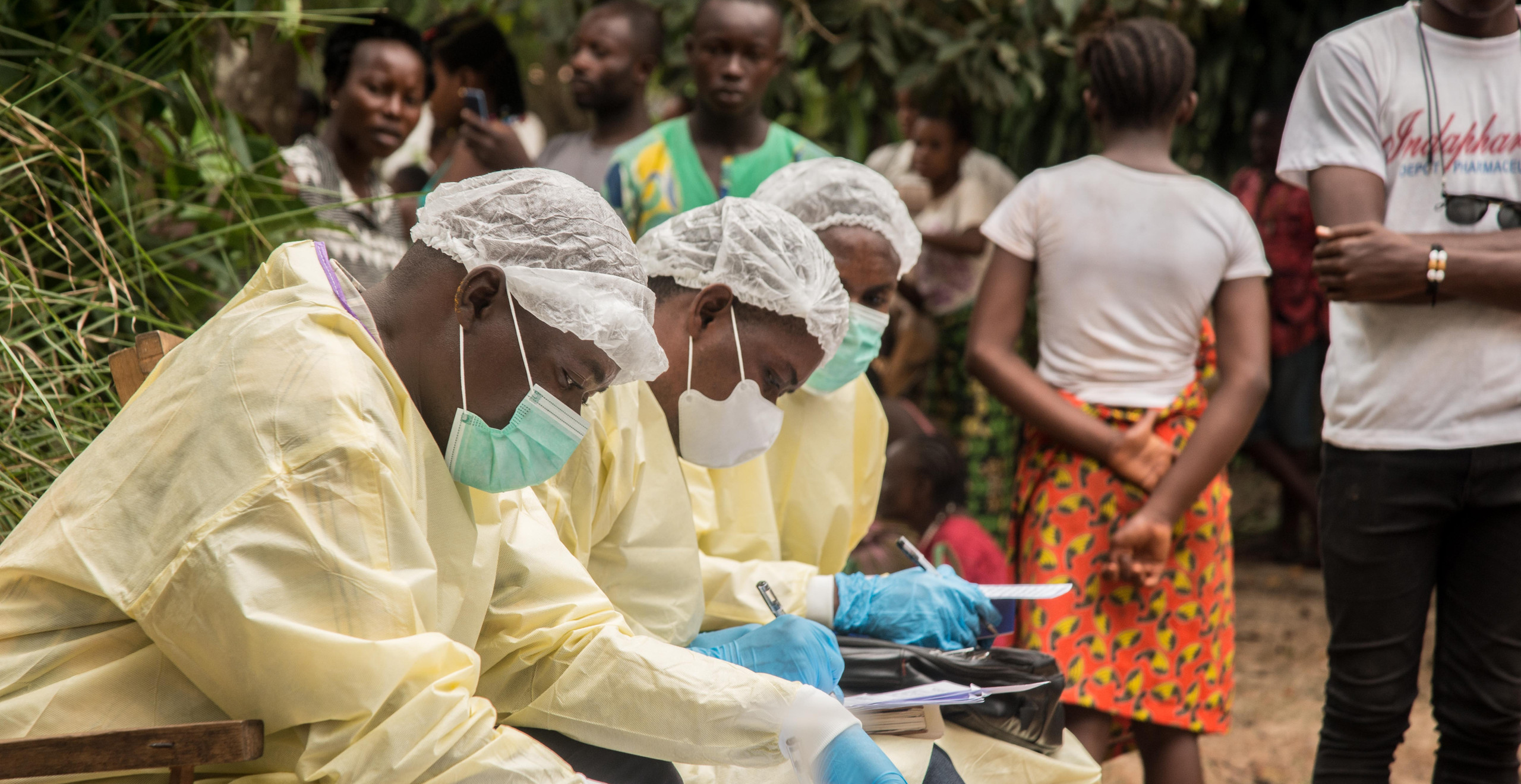 Ebola vaccination campaign in Mbandaka - in Équateur Province (DRC) 90% of the vaccinators are from local communities.