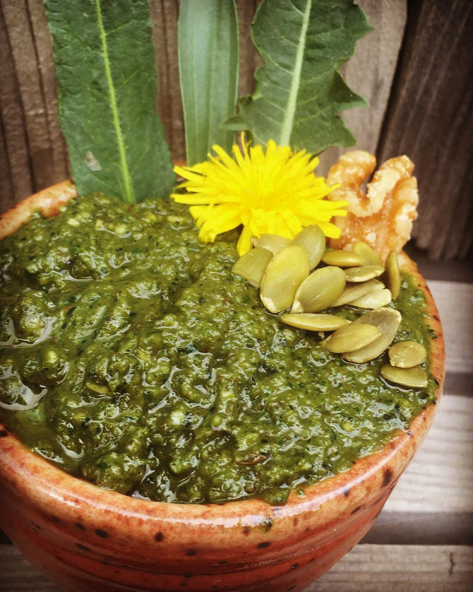 Weed pesto aka chock full of phytonutrients