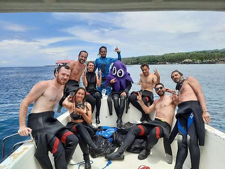 Divers Purple Dive Nusa Penida Bali