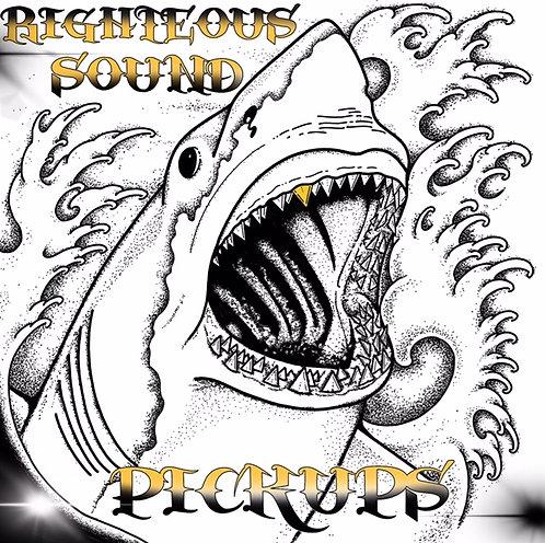 Tiburón Gold Tooth® Sticker (Set of 2)