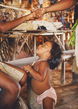Curumim tribo tatuyo-Amazonia Brasileira