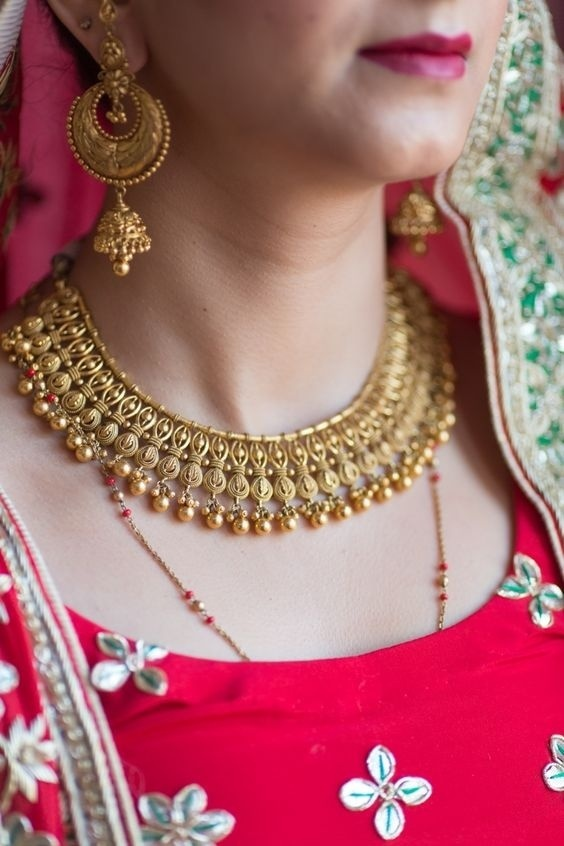 Gold Necklace 4.jpg