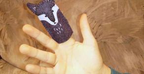 DIY Wolf Felt Finger Puppet