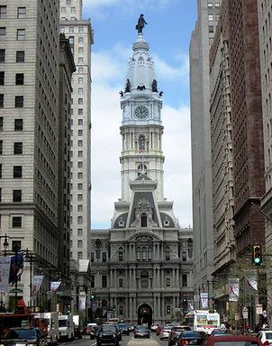 2013_Philadelphia_City_Hall_from_S._Broa