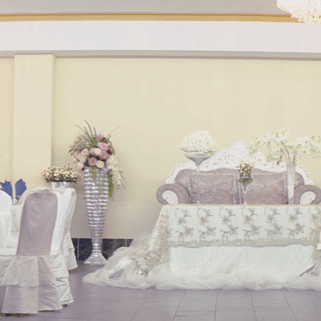 festsaal02.jpg