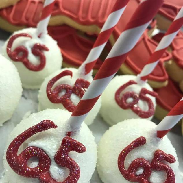 65Cakepops.jpg