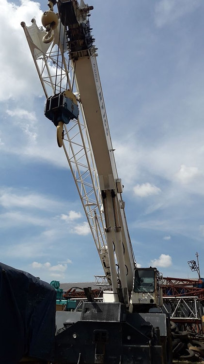 Used Rough Terrain Crane TEREX Model RT160 Kapasitas 60 Ton