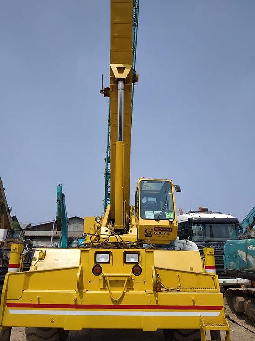 Used Rough Terrain Crane GROVE Model RT640C Kapasitas 40 Ton
