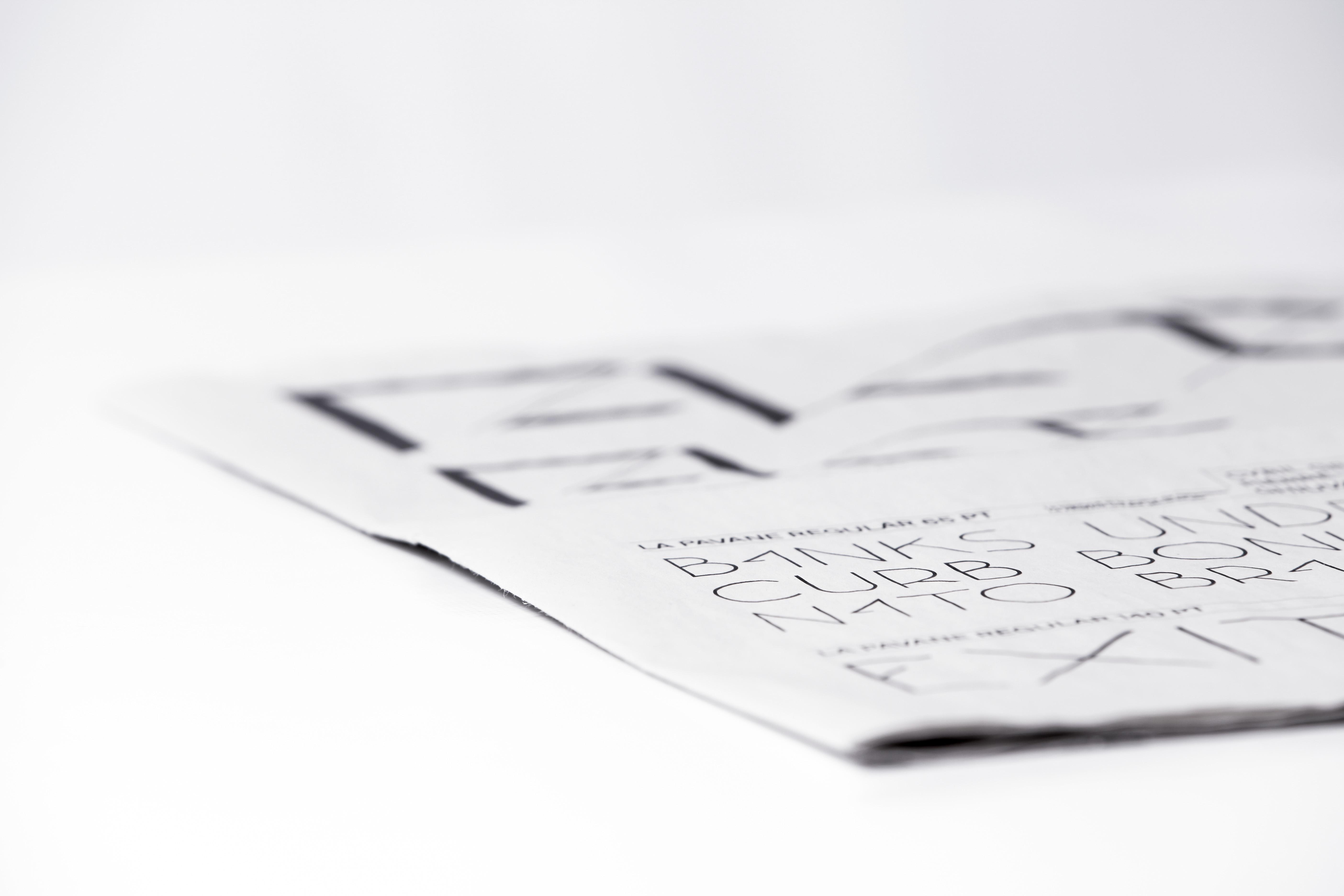 Pavane specimen typographique