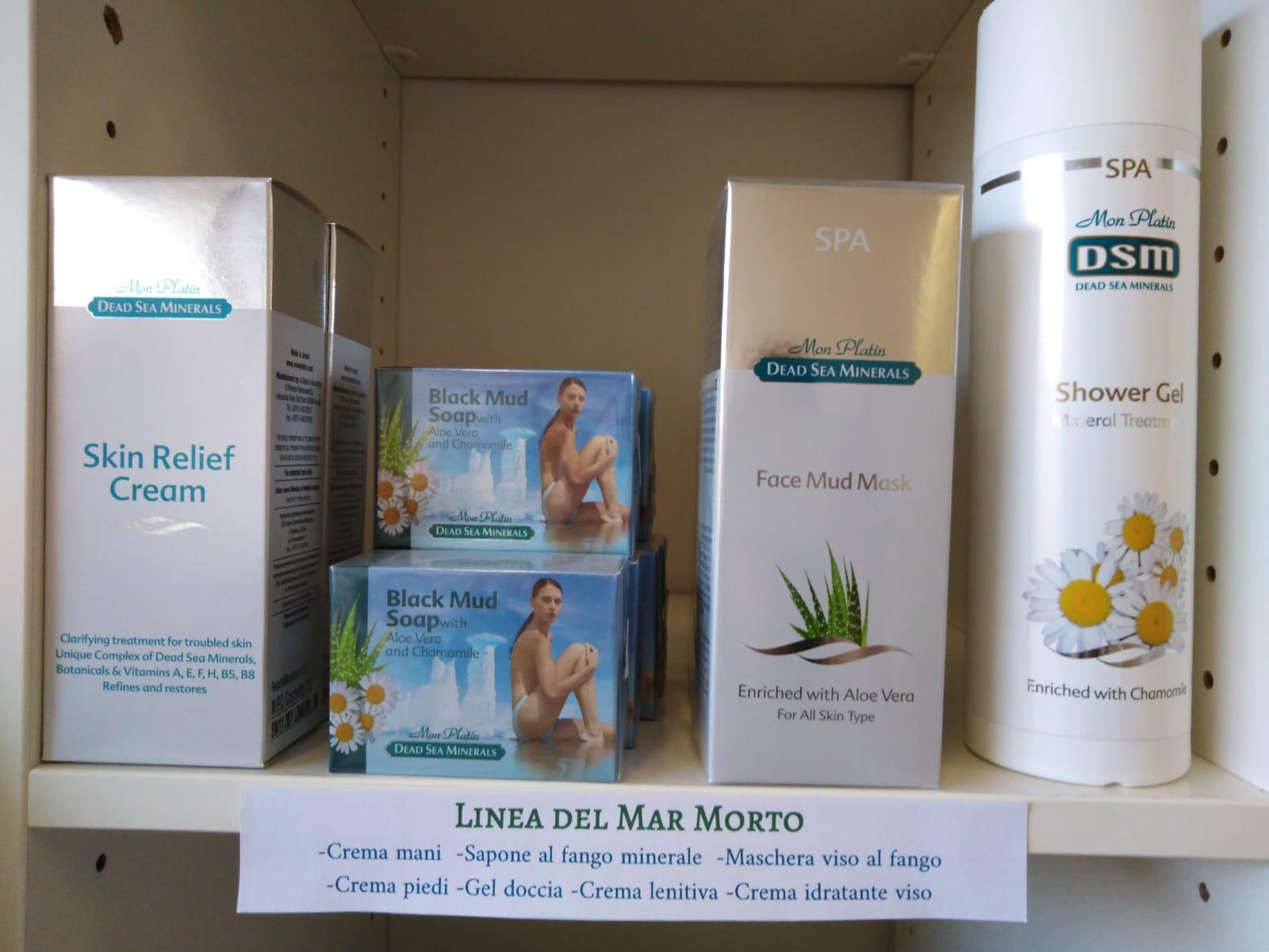 Linea cura della pelle con sali del Mar Morto