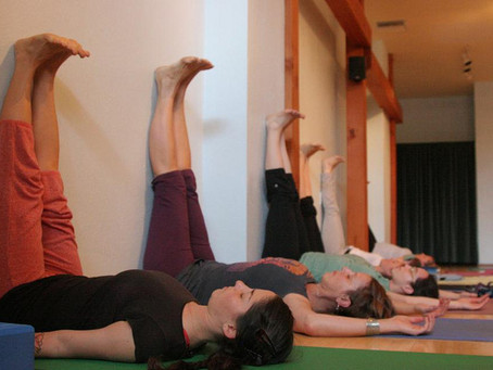 Your Yoga – Viparita Karani (Legs up the wall)