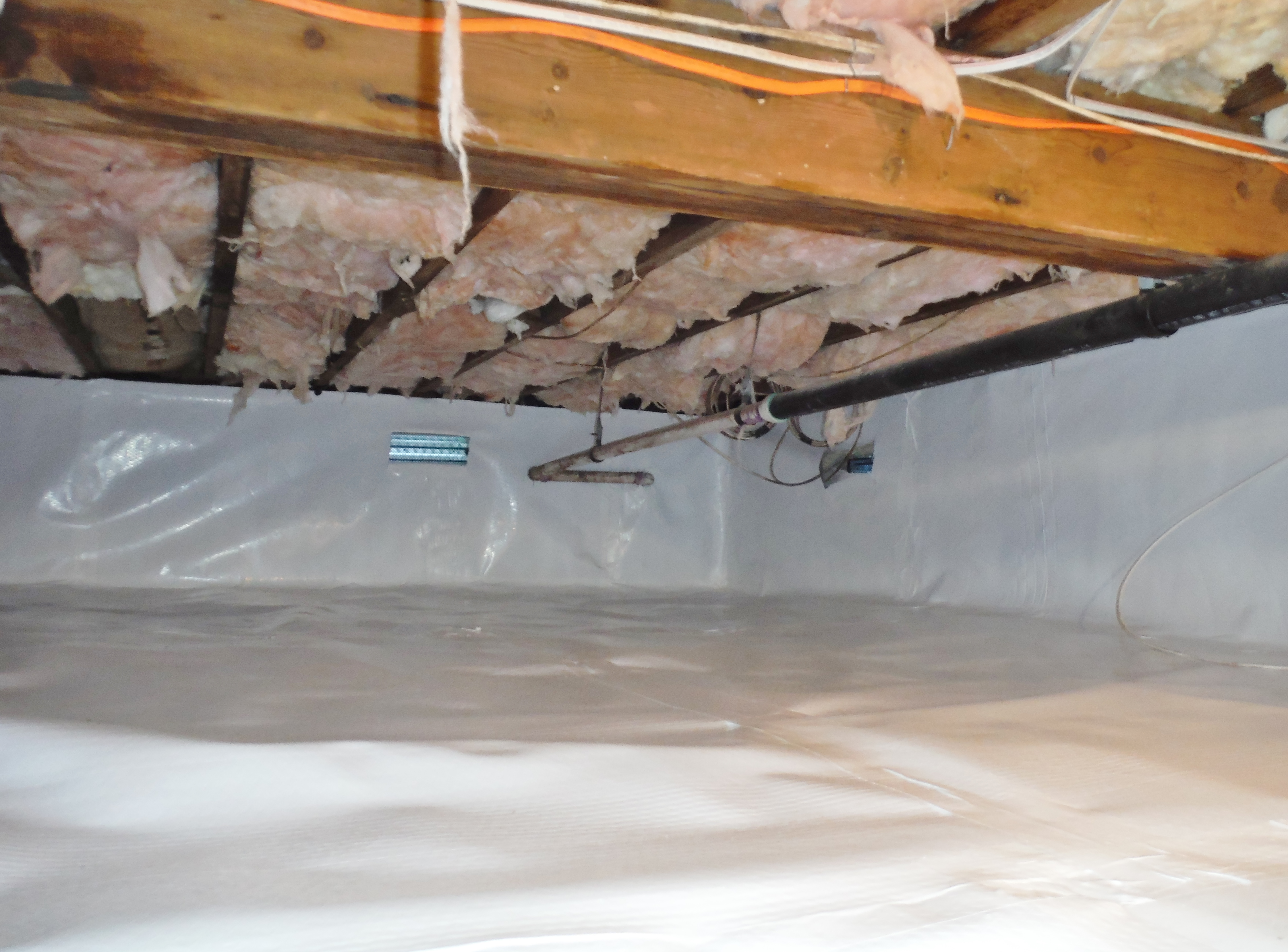 Crawlspace Encapsulation (10).JPG