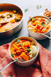 AMAZING-Yellow-Pumpkin-Curry-1-Pot-simpl