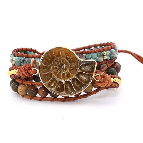 Bohemian armband - Ammoniet Fossielen - goudkleur - 3 strengen
