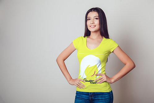 BEAUTY WITH A TWIST SIGNATURE TEE