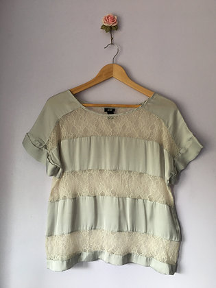 SILKY T-SHIRT WITH LACE INSERTS