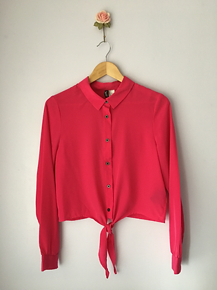 Cropped Blouse with Tie Detail