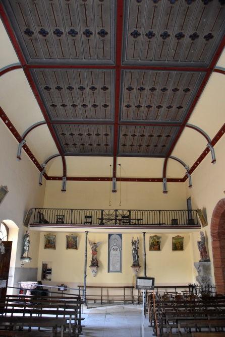 église de Gaudiès - intérieur.jpg