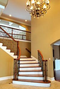 מדרגות - ערוצי אנרגיה בבית
