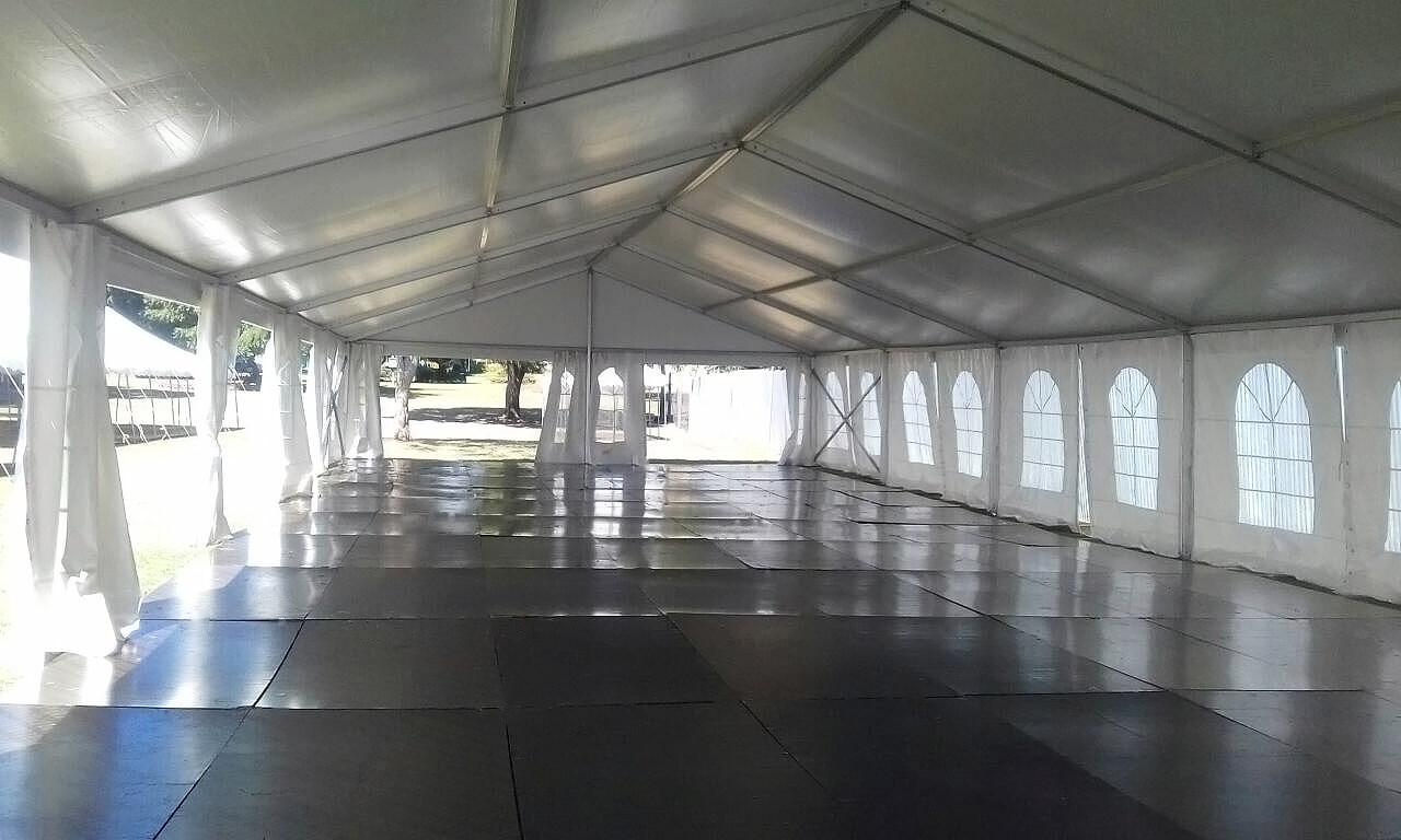 Executive Clear Span Tent 4