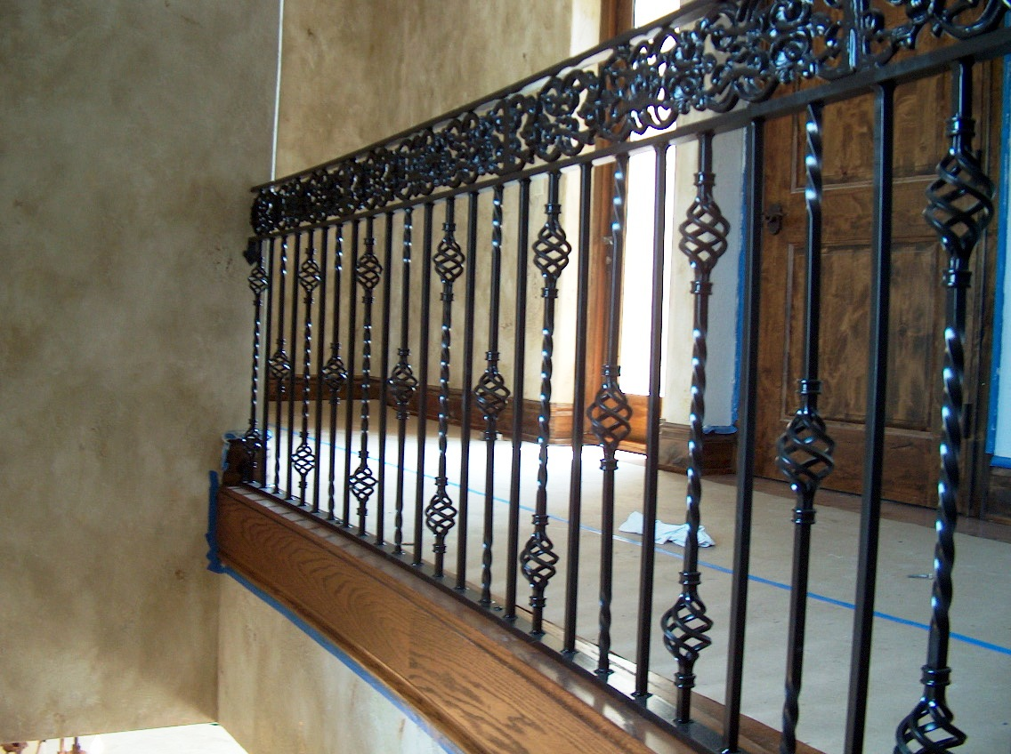 Wrought-Iron-Stair-Railing-Design-Ideas