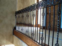 Wrought-Iron-Stair-Railing-Design-Ideas