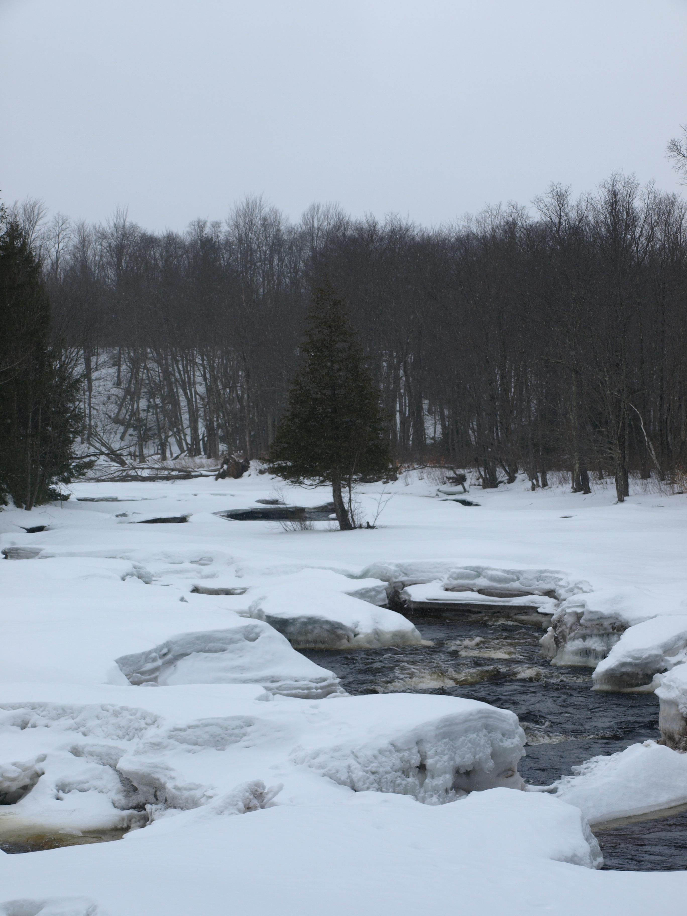 Sinclair Falls Winter