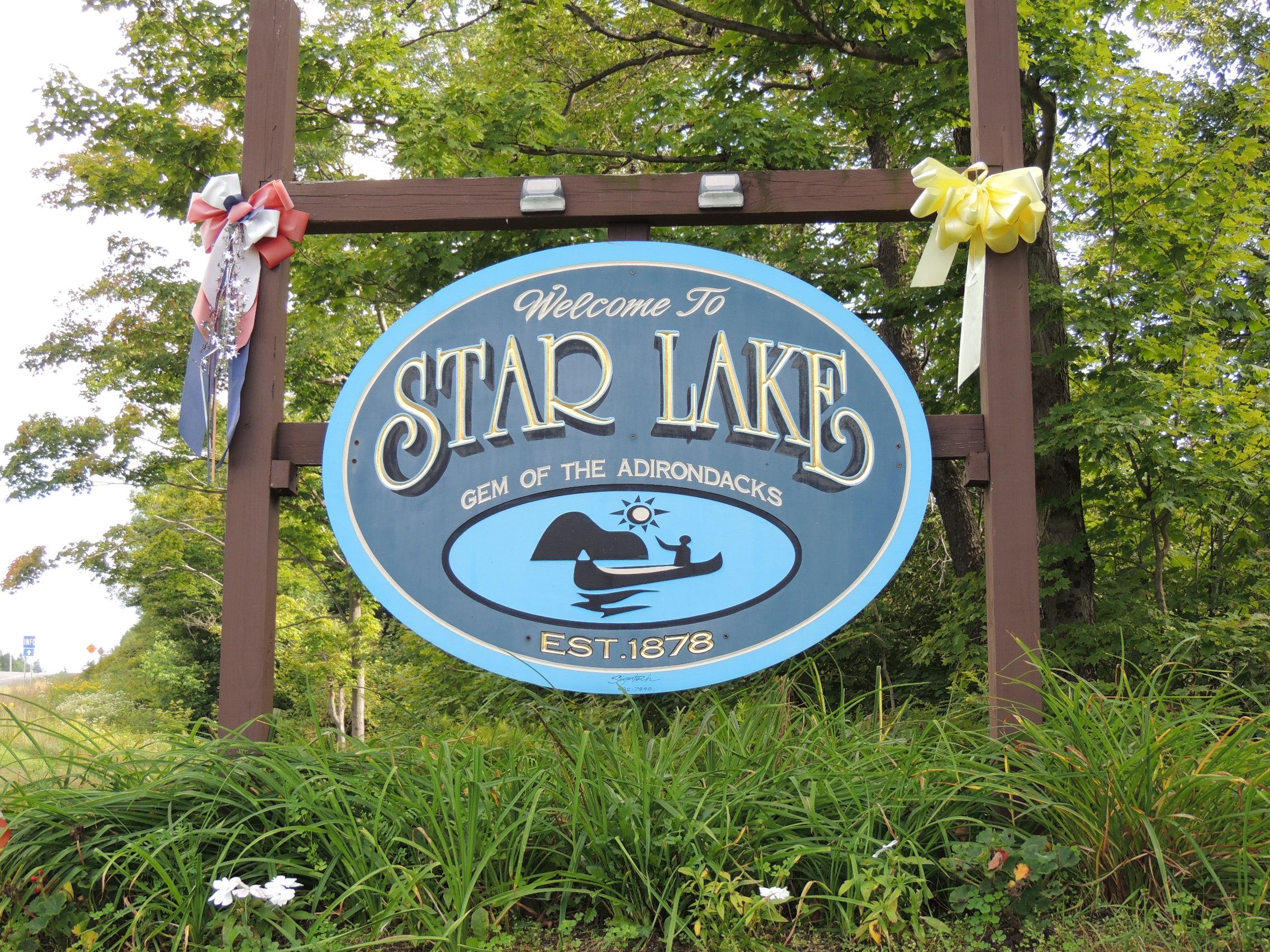 Star Lake Sign