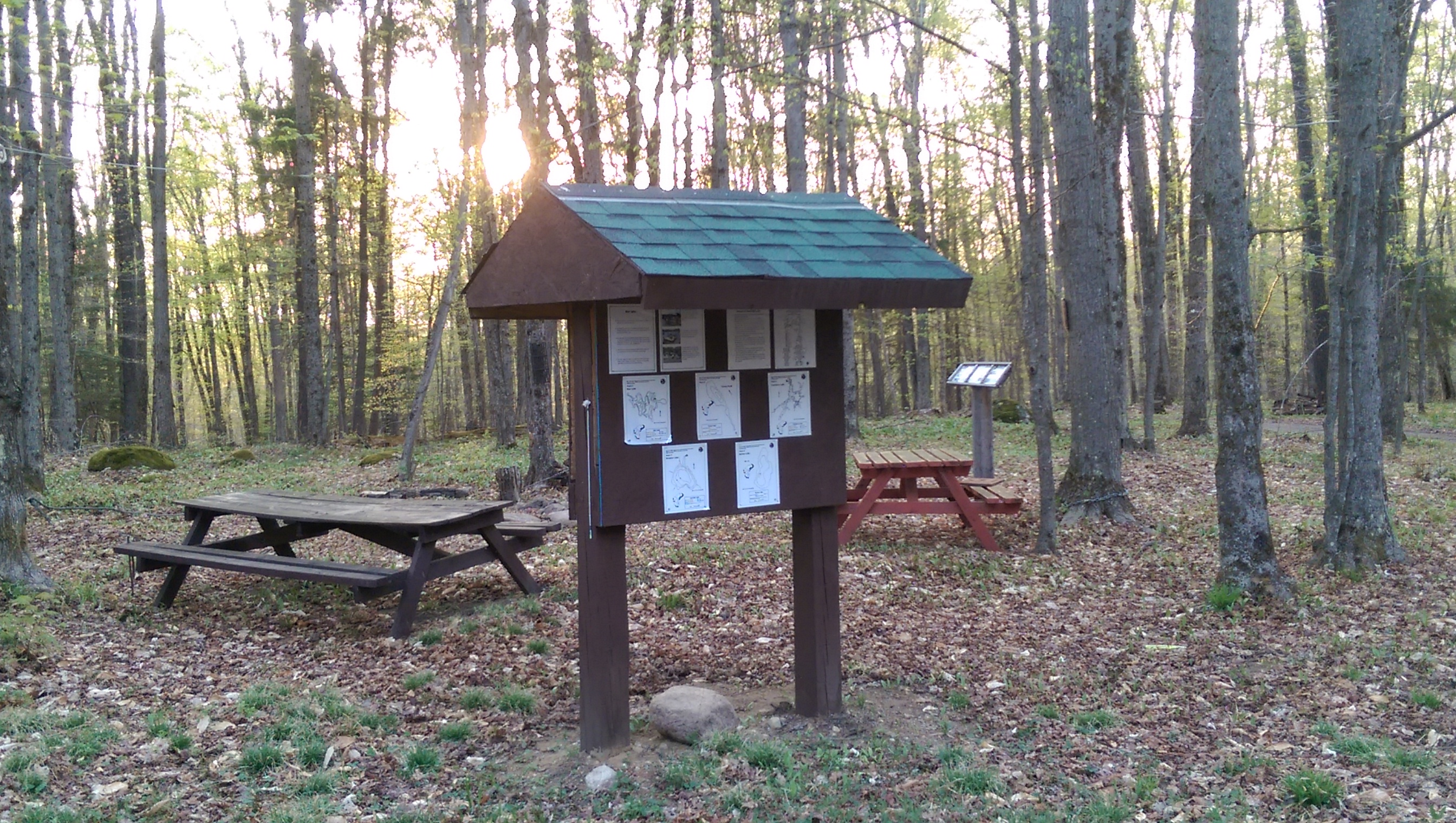 Informational Kiosk and Picnic Area