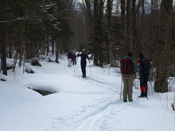 Group skiiing to High Rock