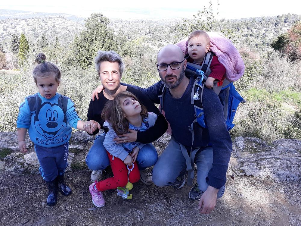 :)מה כבר רצינו? תמונה משפחתית עם חיוך
